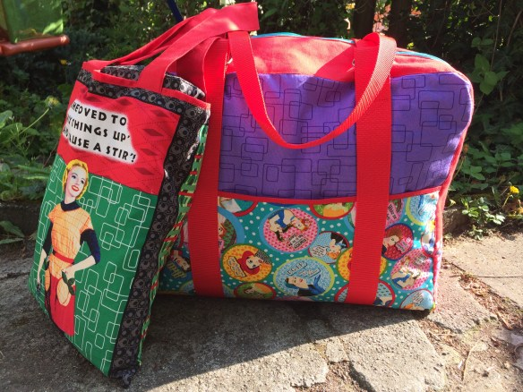 Sewing machine bag and tote | Mud, Pies and Pins