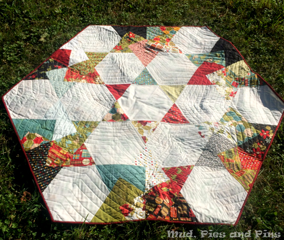 Peaks 6 Retreat - Spinning Card Trick Star Block Quilt | Mud, Pies and Pins