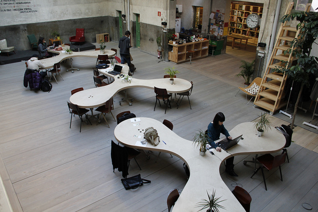 Las oficinas se reinventan ante el auge de los nómadas digitales