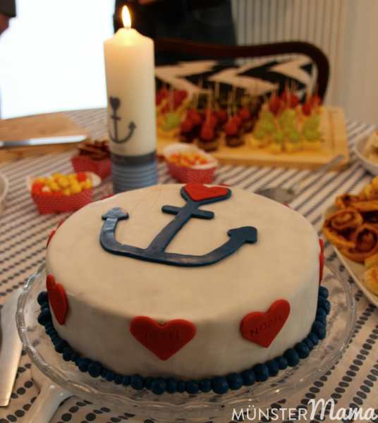 Torte_Taufkerze_muenstermama