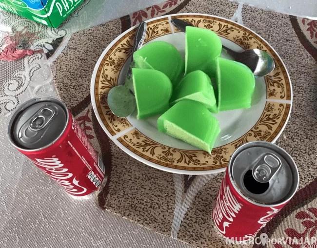 la merienda en forma de pastel de gelatina
