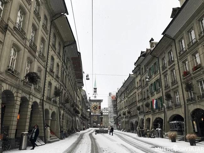 La bonita Marktgasse con la nieve queda espectacular