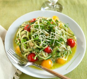 Pesto Pasta (Low-Carb & Gluten-Free)!