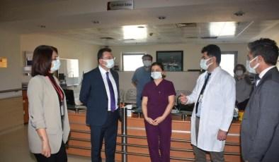 Kaymakam Şahin, hastanedeki çalışmaları inceledi