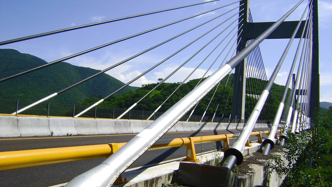 Fotografía: De Rodrigo SanSs - Puente Quetzalapa Gro, Mex, CC BY-SA 3.0, https://commons.wikimedia.org/w/index.php?curid=16928840