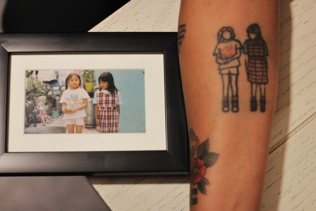 Retrato de Elideth y Sara cuando eran niñas / Fotografía: César H. Dorado