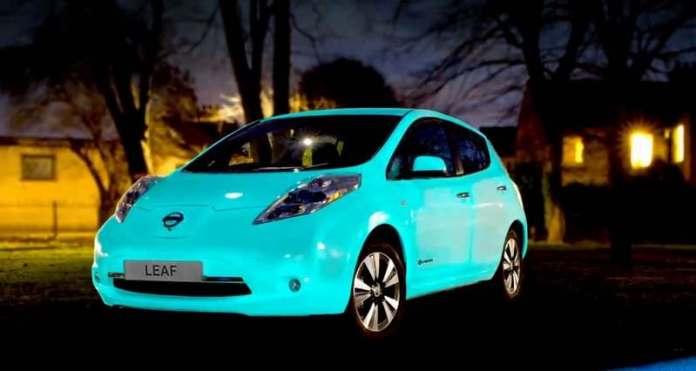 Nissan Leaf'in gece görünümü