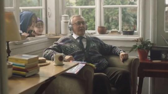 Vê a publicidade de Natal que está a emocionar o mundo!