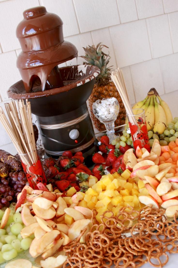 10 mesas de dulces para boda en las que no dejar s de pensar for Como decorar mesa de postres para baby shower