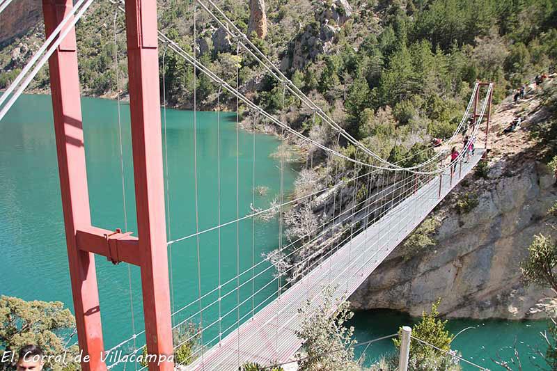Fotografía del puente colgante de Siegue, en la ruta de Montfalcó a Montrebei