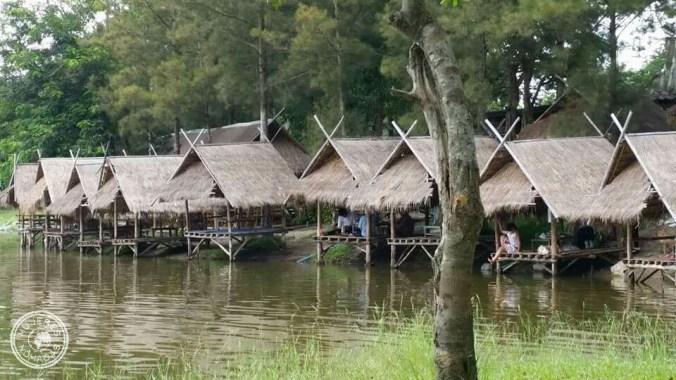 Lago Huay Tueng Tao donde tomar algo, comer o relajarte