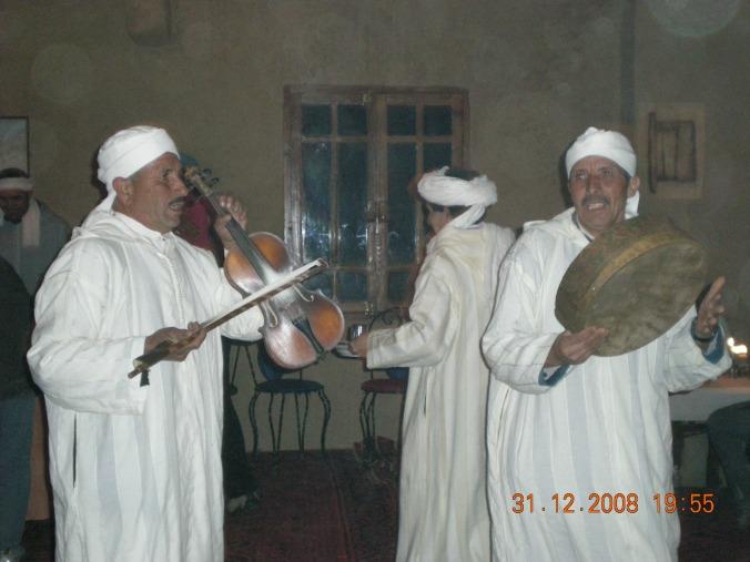 Celebración fin de año con músicos marr