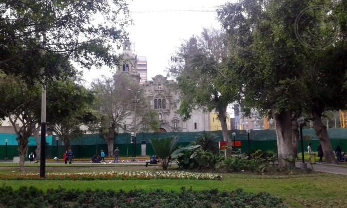 El Parque Kennedy en el distrito de Miraflores