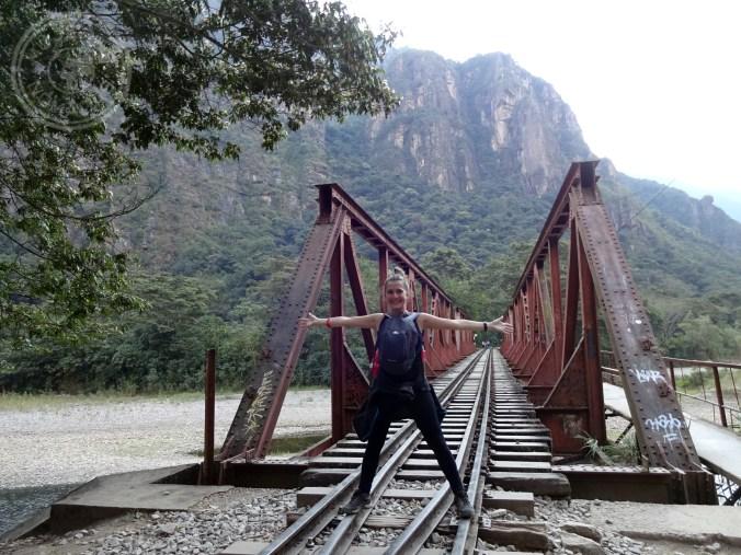 Feliz en mi camino a Machu Picchu