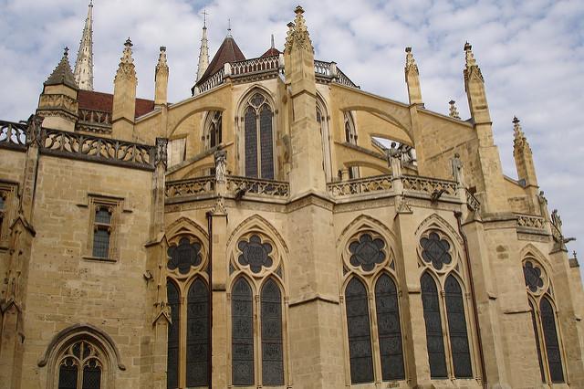 Catedral de Santa María en Bayona (Francia)