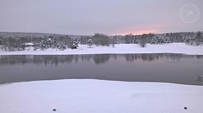 Increible vista de Rovaniemi desde el rio.