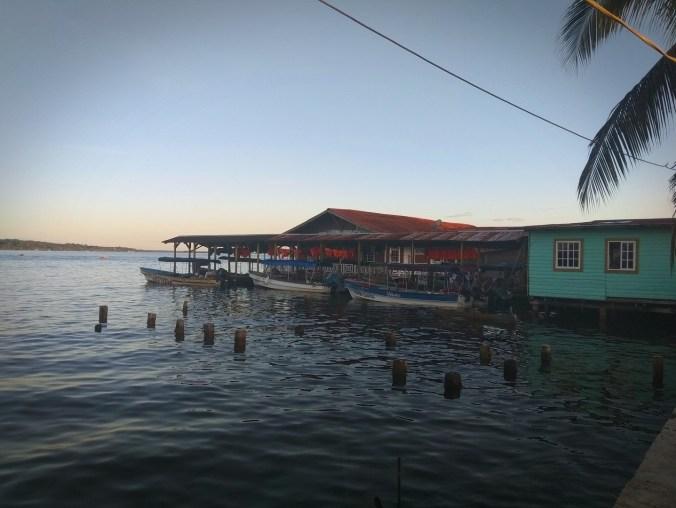 Panamá. Puerto de isla Colón.