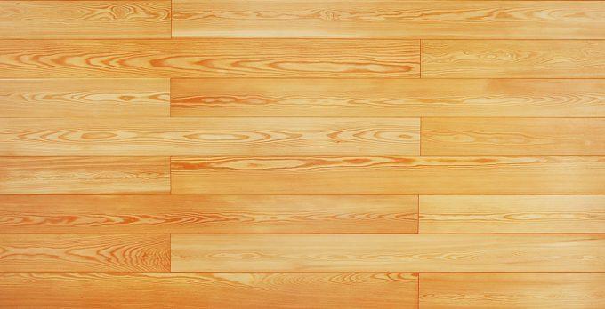ラーチの木肌