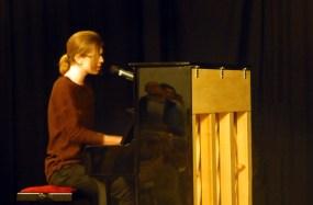 Philip Woloch, Gesang & Klavier