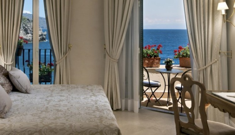 Image result for Belmond Villa Sant'Andrea bedroom