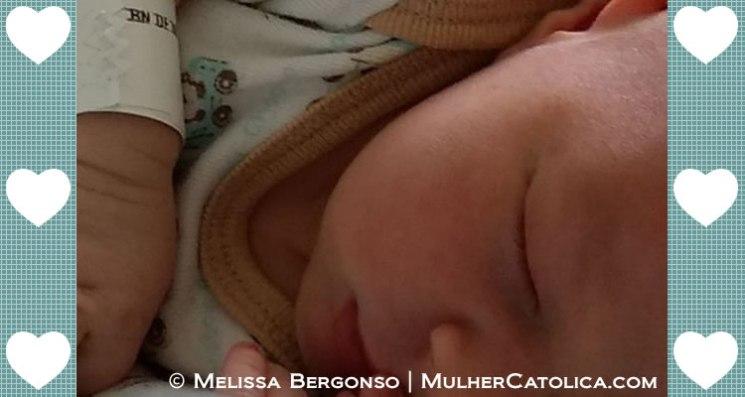 Foto tirada na maternidade. Que lembrança maravilhosa!