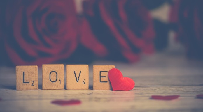 Dia dos namorados - LOVE