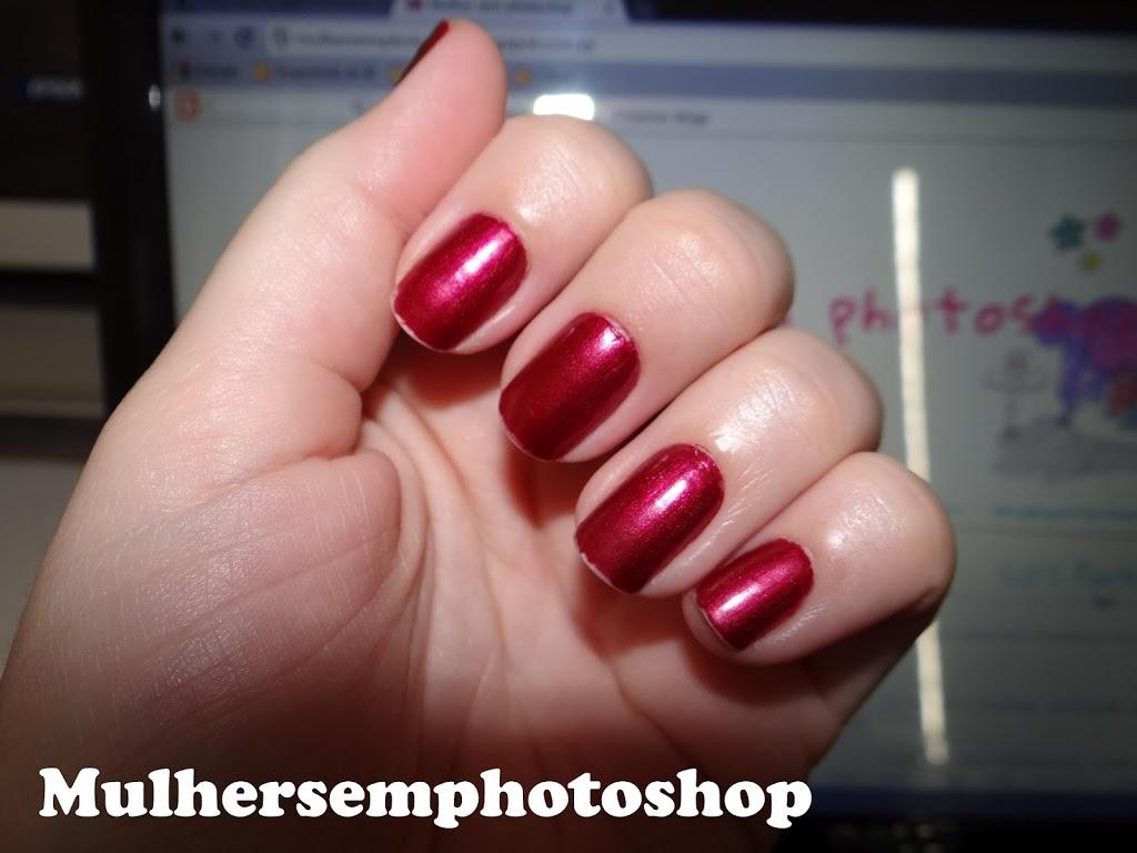Esmalte Cherry Crush Revlon - esmalte vermelho cintilante