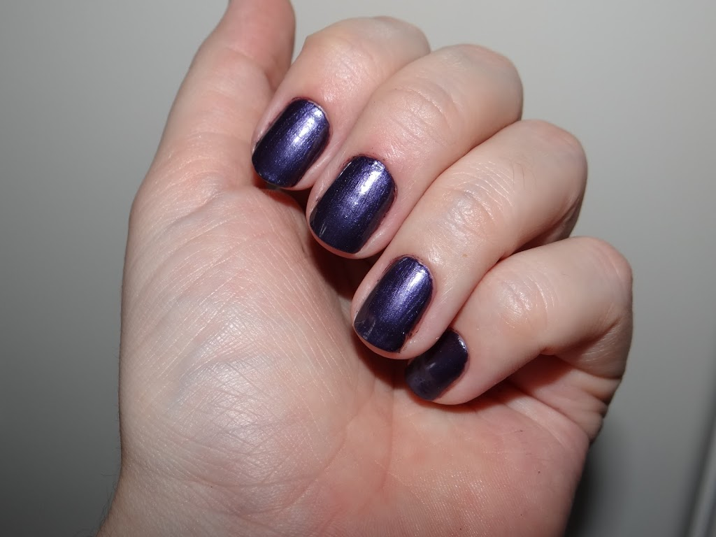No Shrinkling Violet Revlon esmalte roxo swatch