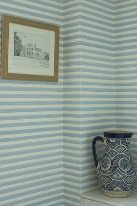 paredes com listras pequenas ou finas