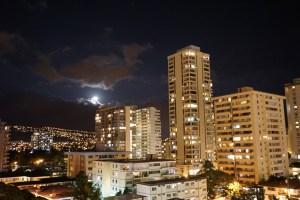 Waikiki Moonrise