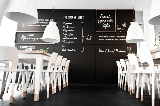 moodely_brand_identity_coffee_kitchen_corporate_design_fuiz_lugitsch_23