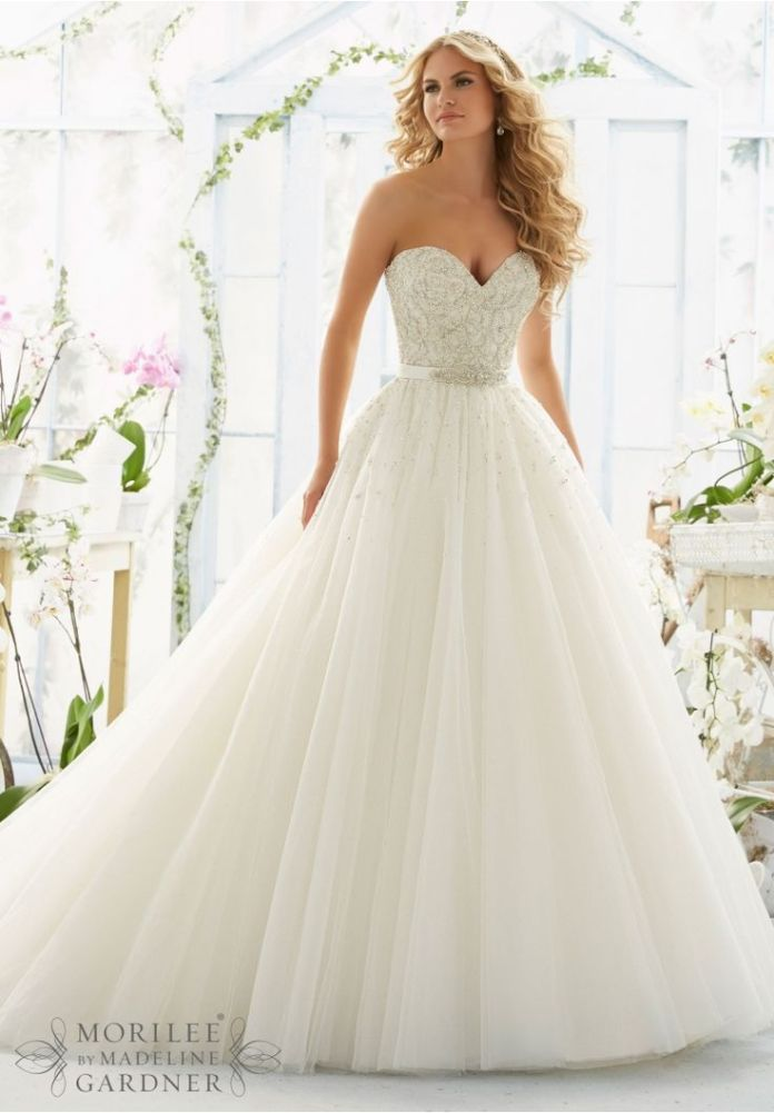 0e731241ee0df79b0081f370af34a234--rustic-wedding-dresses-stunning-wedding-dresses