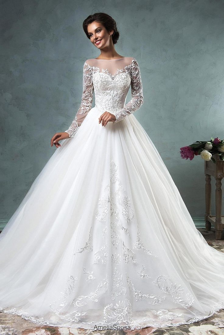 30b3c94ea5468cd0450bd93c73b6b370--ball-gown-wedding-dresses-amelia-sposa-wedding-dress