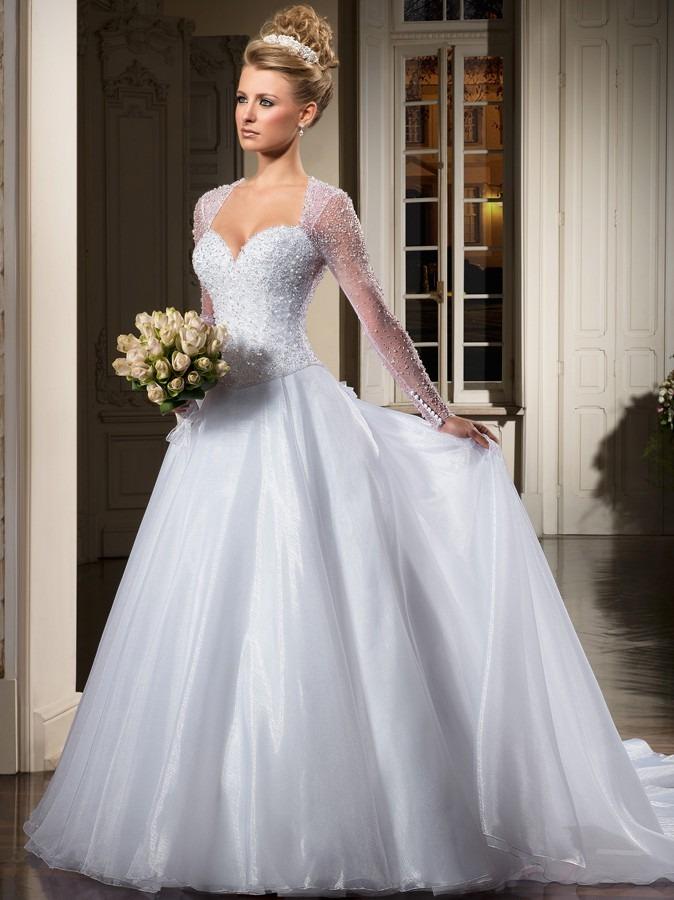 Belo-Vestido-de-Noiva-Para-o-Inverno