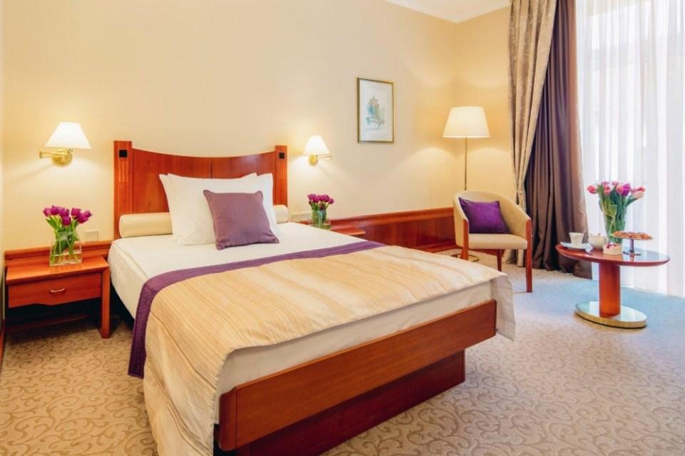SetRatioSize10001000-Grand-hotel-Union-Deluxe-Single-2-foto-Marko-Delbello-Ocepek