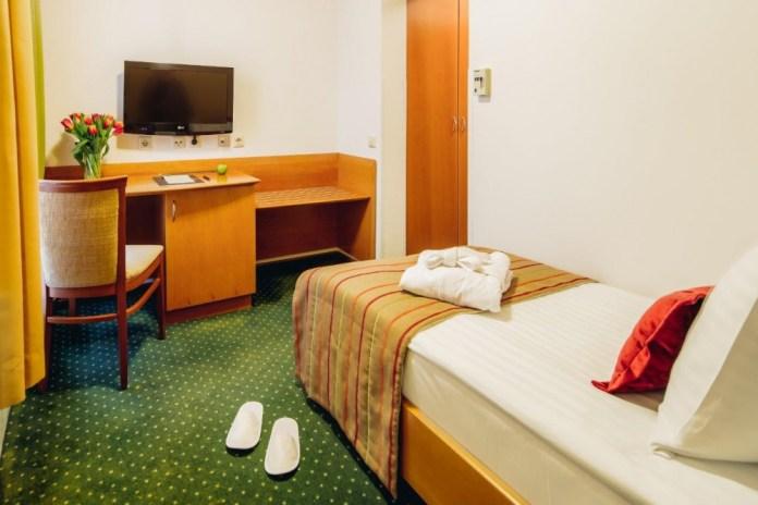 SetRatioSize10001000-Hotel-Central-Standard-Single-foto-Marko-Delbello-Ocepek
