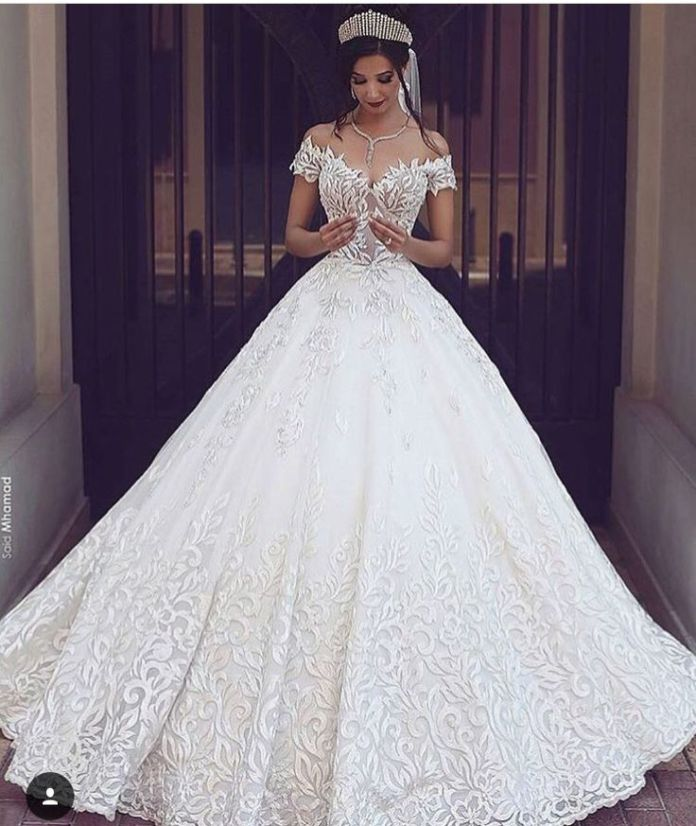 edf4b44a86557034abfc97cbaff6b7bd--weddingideas-wedding-dressses