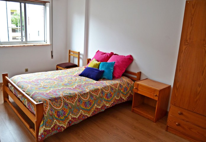 single-room-celas-near-prac-da-republica-polo-i-faculty-economics-faculty-pharmacy-medicine-5c6d7a9295d0ca3837578c88a91385e7