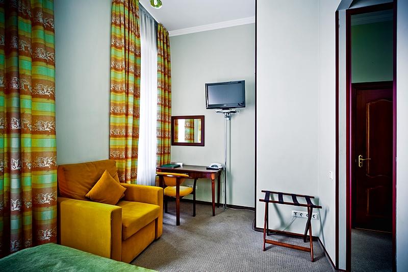 superior-single-room-2