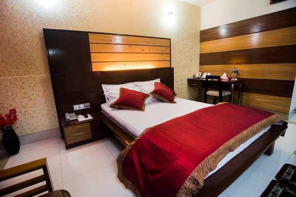 tiger-garden-hotel-sd-couple-room-3