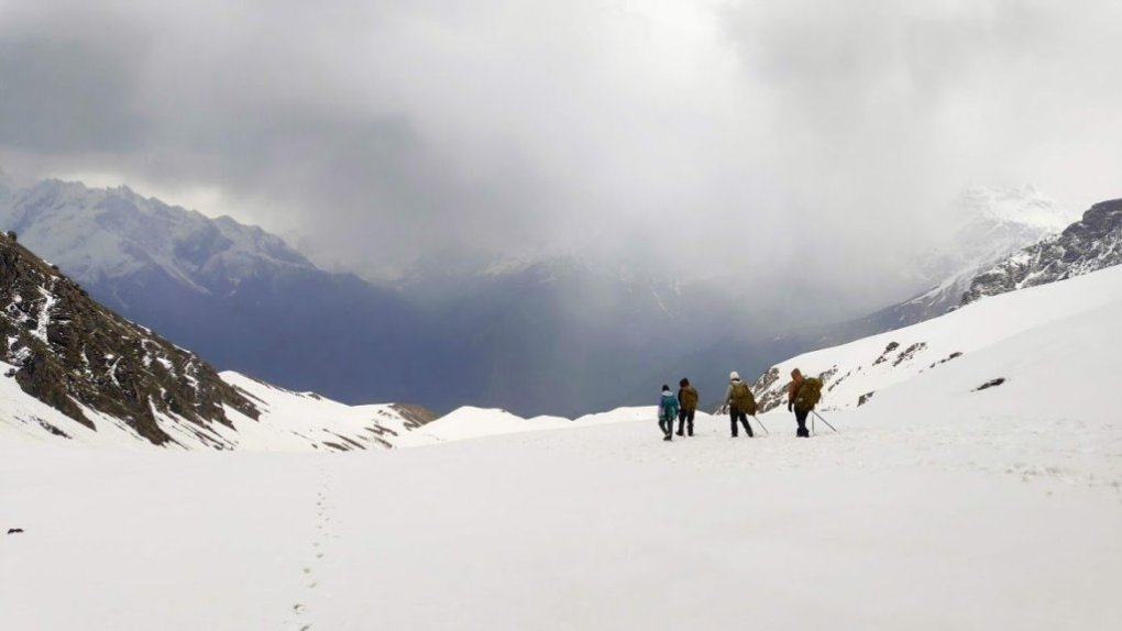 sar-pass-trek-in-himachal-pradesh