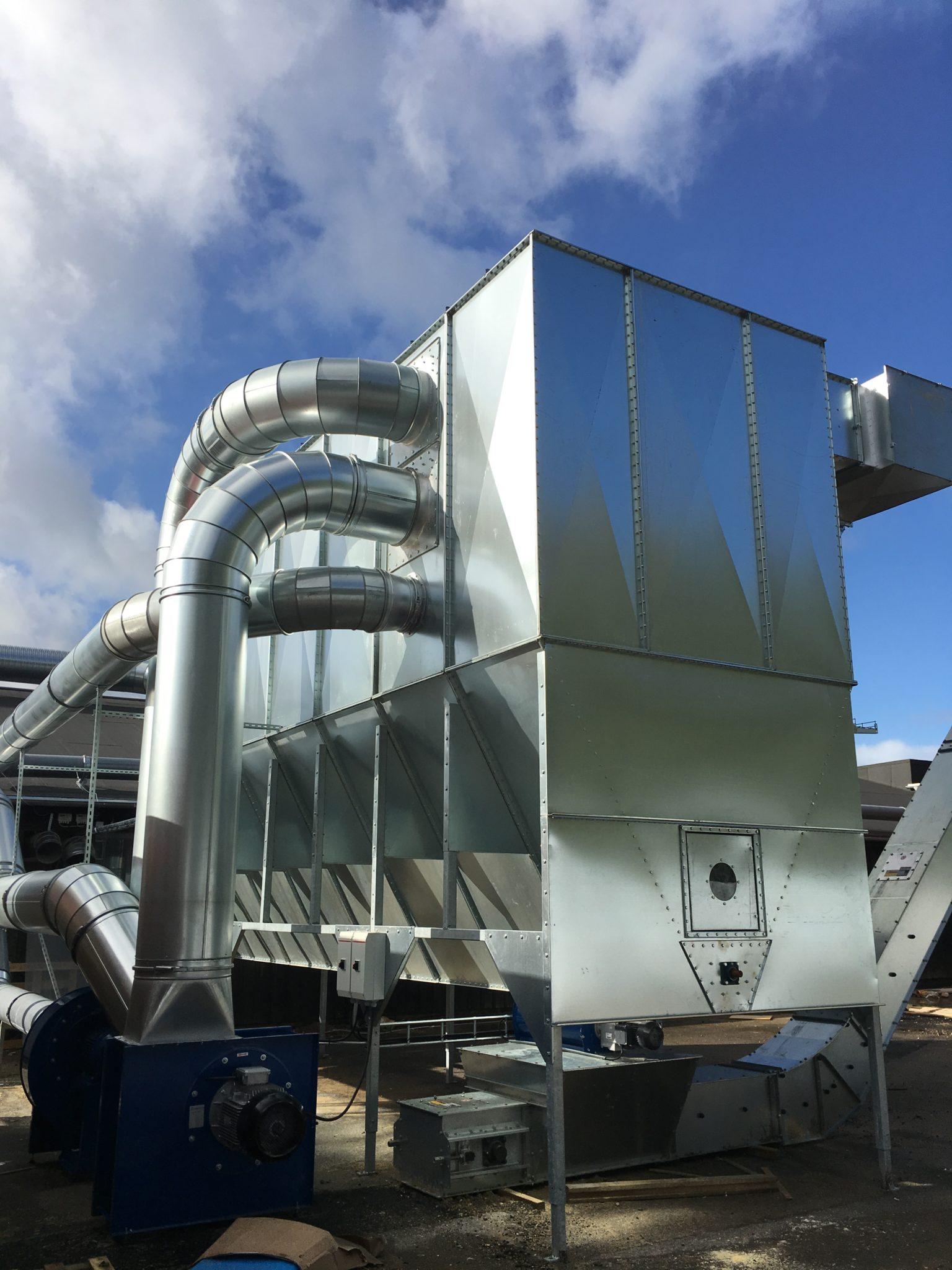 Det nye sneglefilteranlæg hos Superwood A/S, leveret af MultiAir
