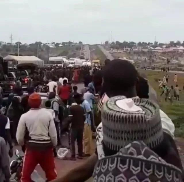 Residents Protest Nakedly Over Insecurity