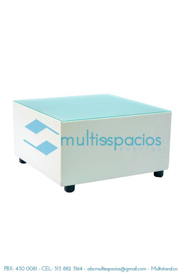 Alquiler de Mesa de centro blanca, y mobiliario en Bogotá