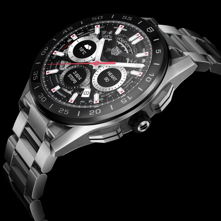 The new TAG Heuer Connected features an immersive design and digital experience