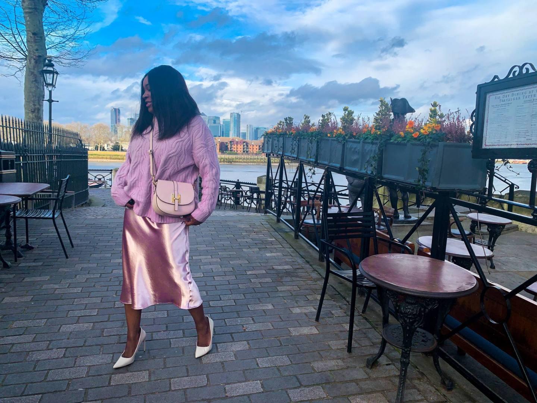 Ayesha Amato Mum a Porter lilac edit