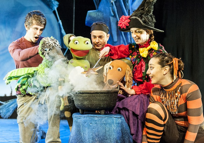 Amazing Room On The Broom Live On Stage Part 30