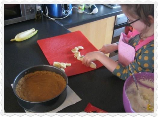 Banoffee Pie chop banana