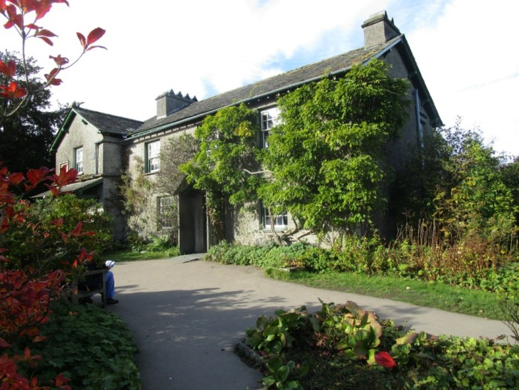 Beatrix Potter and the Lake District - Hill Top from the outside