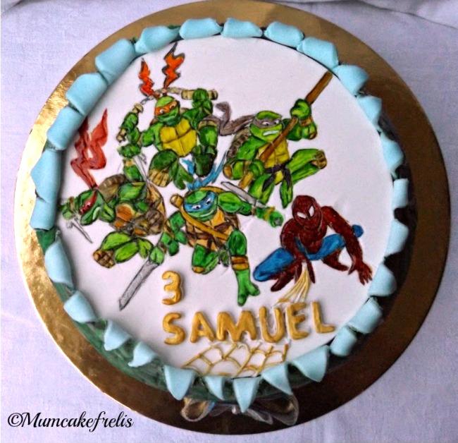 Ninja Turtle Spider Man Cake. Spiders Man Bday, Bday Parties, torta tartarughe ninja con uomo ragno per compleanno in pasta di zucchero cake fondant